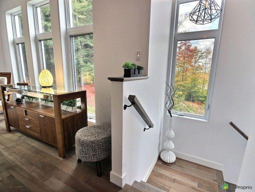 escalier-maison-neuve-a-vendre-sherbrooke-fleurimont-quebec-province-1600-7974373